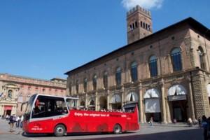 open bus photo tour bologna  5